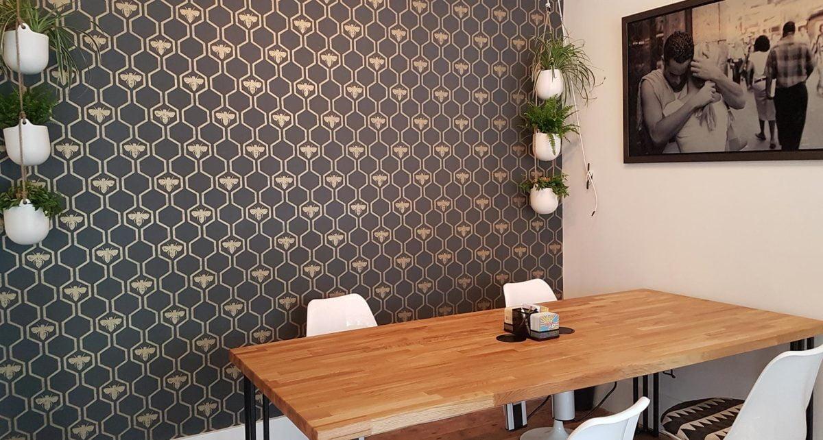 Hive Biz Studio Hot Desks